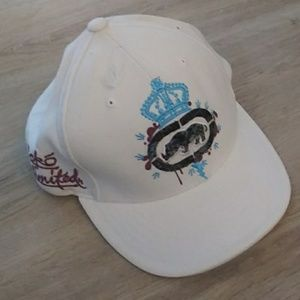 Ecko Unltd White hat with markings to match shorts